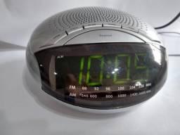 Rádio Relógio Digital Britânia Painel Led Rádio AM FM despertador