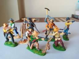Forte Apache - figuras de caçadores e garimpeiros Gulliver