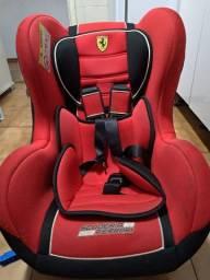 Cadeirinha Ferrari Semi nova