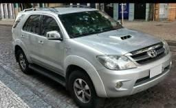 Toyota Hilux SW4 TD Blindada