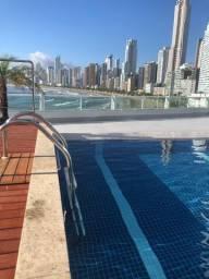 Kitinete Balneário Camboriú p 3 pessoas c piscina no prédio