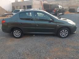 Peugeot 207 Passion XR 1.4 ano 2012