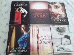 Livros de romance seminovos