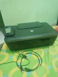 Impressora hp com cartuchos de fabrica e os cabos ACEITO CARTÃO