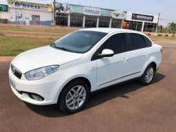 FIAT GRAND SIENA ESSENCE 1.6 Ano 14/14
