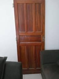 Porta de Madeira usada.