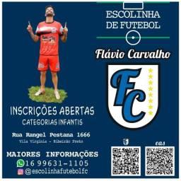 Aula de futebol Flavio Carvalho