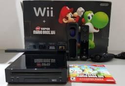 Nintendo Wii, pouco usado, um controle.