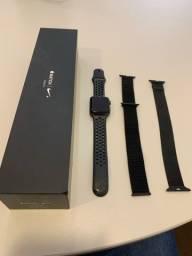 Apple Watch Série 3 42 MM - Versão Nike