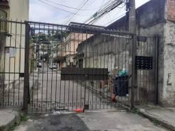Alugo casa na abolição vila familiar