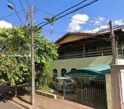 Casa para Venda em Londrina, Brasília, 4 dormitórios, 3 suítes, 3 vagas