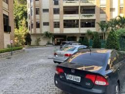 Apartamento com 3 dormitórios à venda, 186 m² por R$ 950.000,00 - Várzea - Teresópolis/RJ
