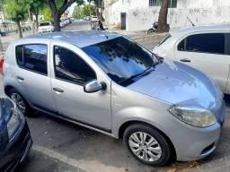 Renault Sandero 1.6 2013 novíssimo