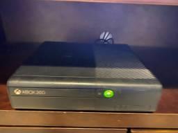 XBOX 360 300GB (NAO ACEITO TROCA)