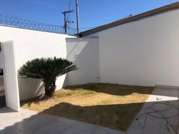 Casa Padrão para Venda em Jardim Ipanema Uberlândia - Mg