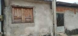 Título do anúncio: Vende-se casa no bairro calafate 25000$