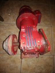 Motoredutor 1por 38 trifásico capacidade o75