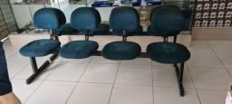 Longarina de 4 Cadeira