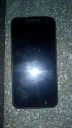 Celular novo só não tem carregador e em fone mais celular tá ótimo tô vendo