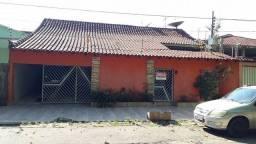 Casa com 4 Quartos e 5 banheiros à Venda, 264 m²