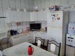 Maia casa com 2 quartos em vila velha
