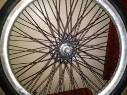 Baicki semi nova aro 26 pegando freio normal pneus novos