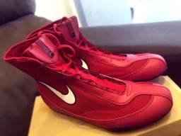 Nike Machomai