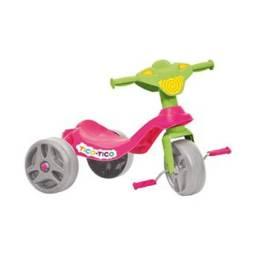 Triciclo Tico Tico Bandeirante - Rosa