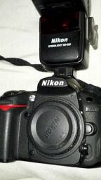 Câmera Nikom D7000 + SB600