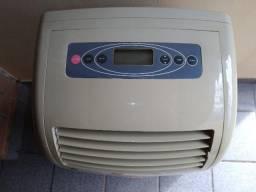 Ar condicionado portátil komeco 12000btus (usado)