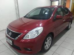 Versa SL 1.6 2013 Completo Financiamos - 2013