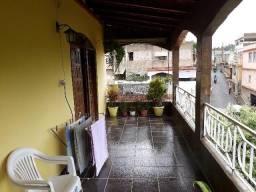 Apartamento 02 quartos mais terraço com Kitnet São Silvano