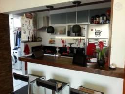 Santa Efigênia, 03 quartos com suíte, moderno e finamente decorado.