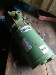 Bomba da água 1,5 cv trifásica
