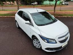 Chevrolet Onix LT 1.4 - baixa quilometragem - 2013