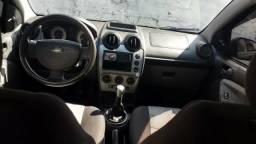 Fiesta Hatch 10/11 $9.500 - 2010