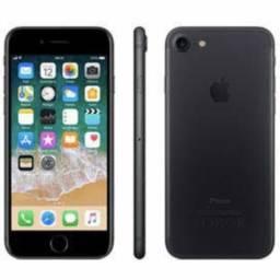Vendo ou troco. IPhone 7, 128g, preto, usado