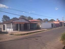 Casa com ponto para comércio Santa Maria Codipe