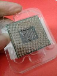 Intel Core i7 - CPU Dual-core 4 threads 2620M 2.7 GHz