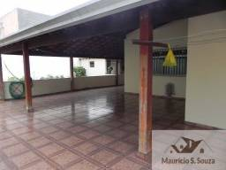 Casa com Salão em Biritiba Mirim