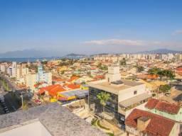 Apartamento à venda com 2 dormitórios em Capoeiras, Florianópolis cod:5560E