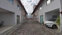 Sobrado com 3 dormitórios à venda, 110 m² por R$ 380.000,00 - Parque Amazônia - Goiânia/GO