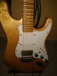 Guitarra Tagima strato antiga captadores Fender