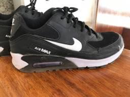 Tênis Nike AirMax (primeira linha) n 38