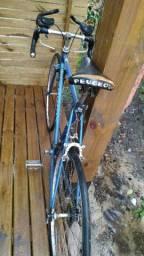 Bicicleta antiga Peugeot