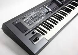 Teclado Roland GW-8 usado