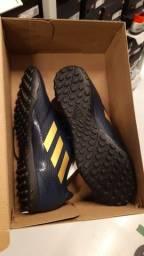 Chuteira Adidas society 38