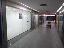 Sala comercial na av. Conselheiro Aguiar