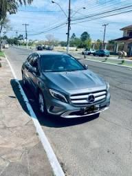 Mercedes Benz GLA 200 Vision