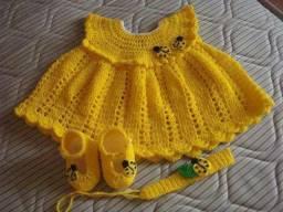 Vestidos infantis  de crochê